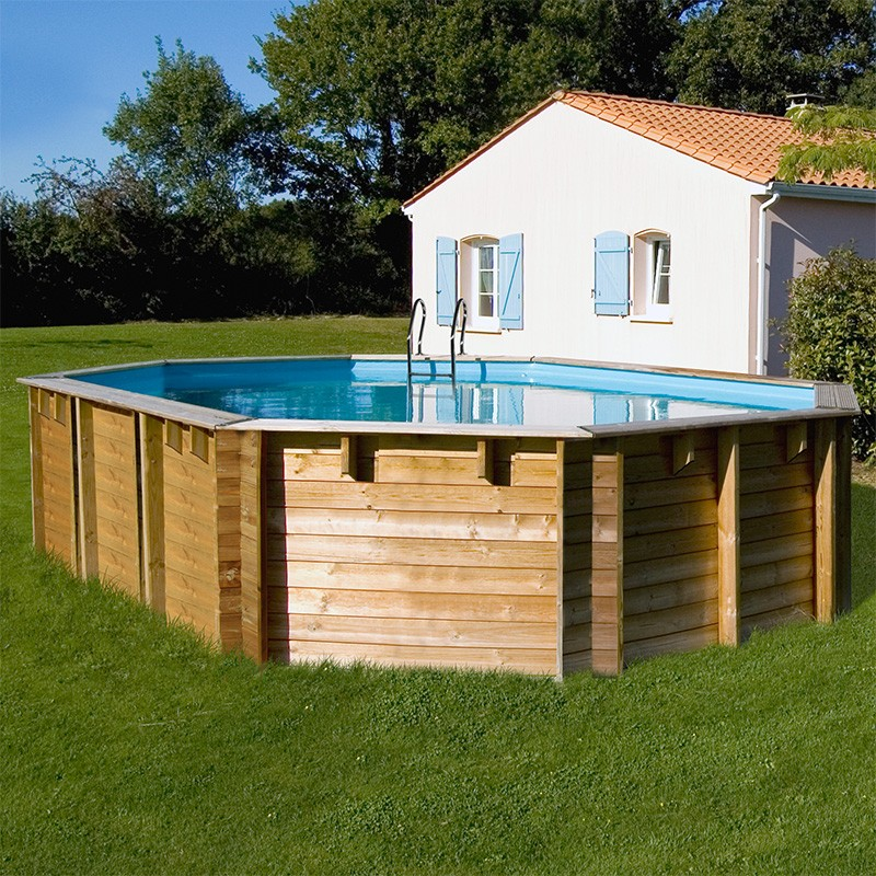 Piscina de madera gre sunbay vermela ovalada 672x472x146 for Piscina en jardin de 100 metros