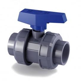 Válvula de bola e-QUA PVC PN12 para roscar