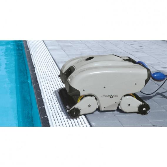 Detalles Dolphin C7 robot limpiafondos piscina pública