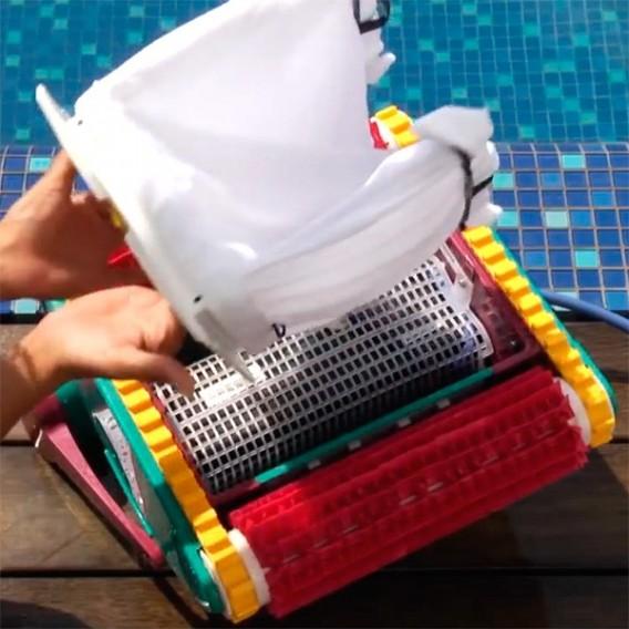Dolphin Sprite C robot limpiafondos piscina