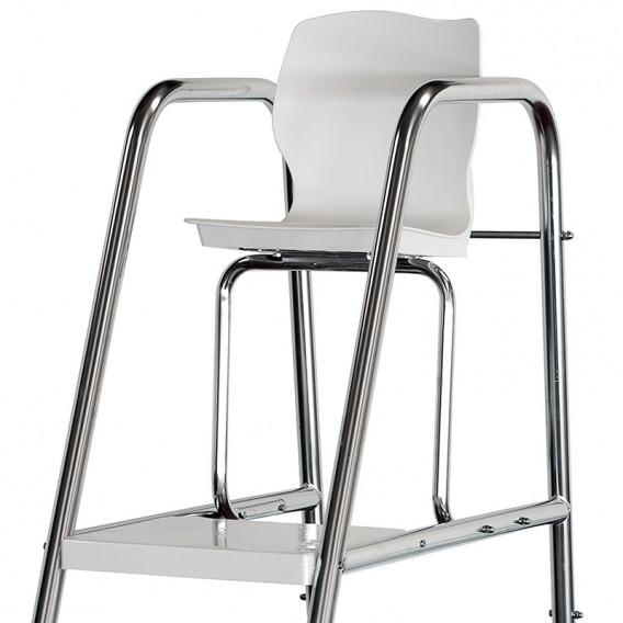Detalle silla para socorrista AstralPool